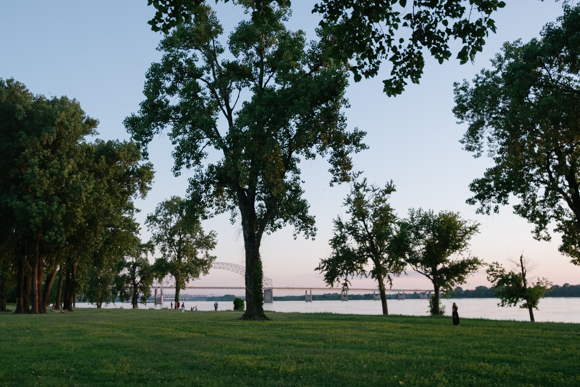 Greenbelt Park offers excellent views of the Mississippi river.