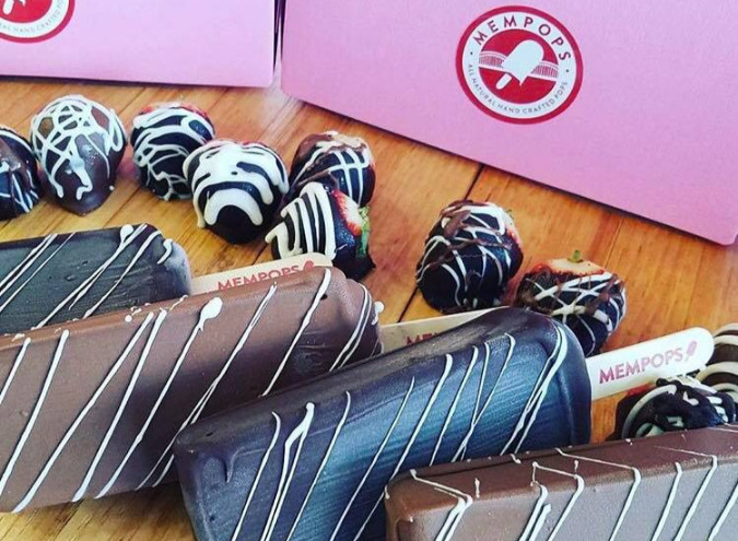 MEMpopS offers a variety of chocolate dipped treats for Valentine's Day.