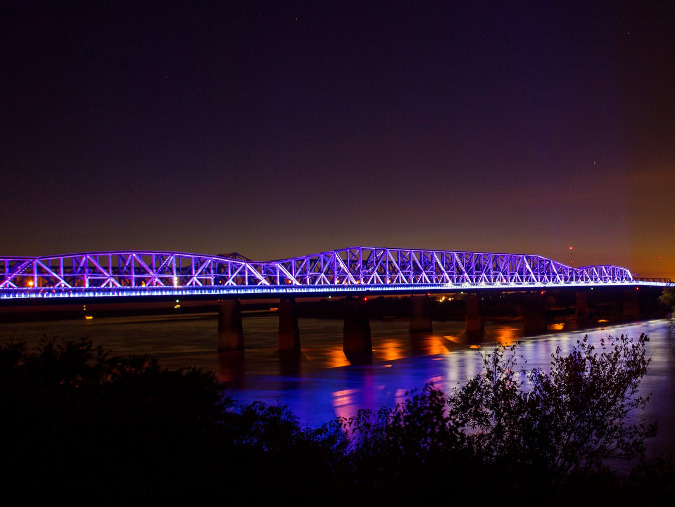 The current lights of Big River Crossing will be linked with new lights on the Hernando de Soto Bridge.