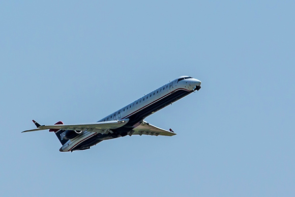American Airlines flight taking off from Memphis International Airport