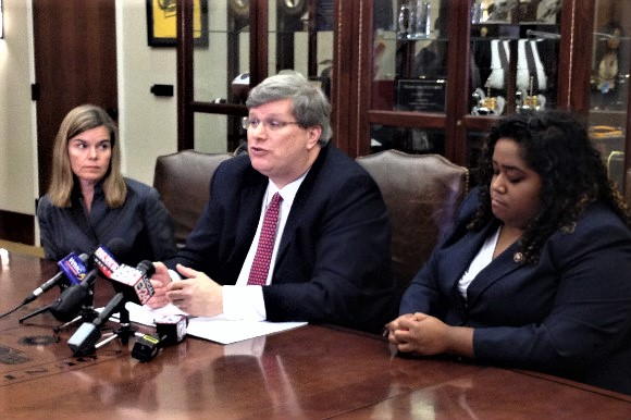 (left to right) District Attorney General Amy Weirich, Memphis Mayor Jim Strickland, and State Representative Raumesh Akbari