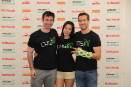 COO Justin Brooks; CEO Ashley Moy; CTO Jason Troutner, wearing Cast21's exoskeleton cast