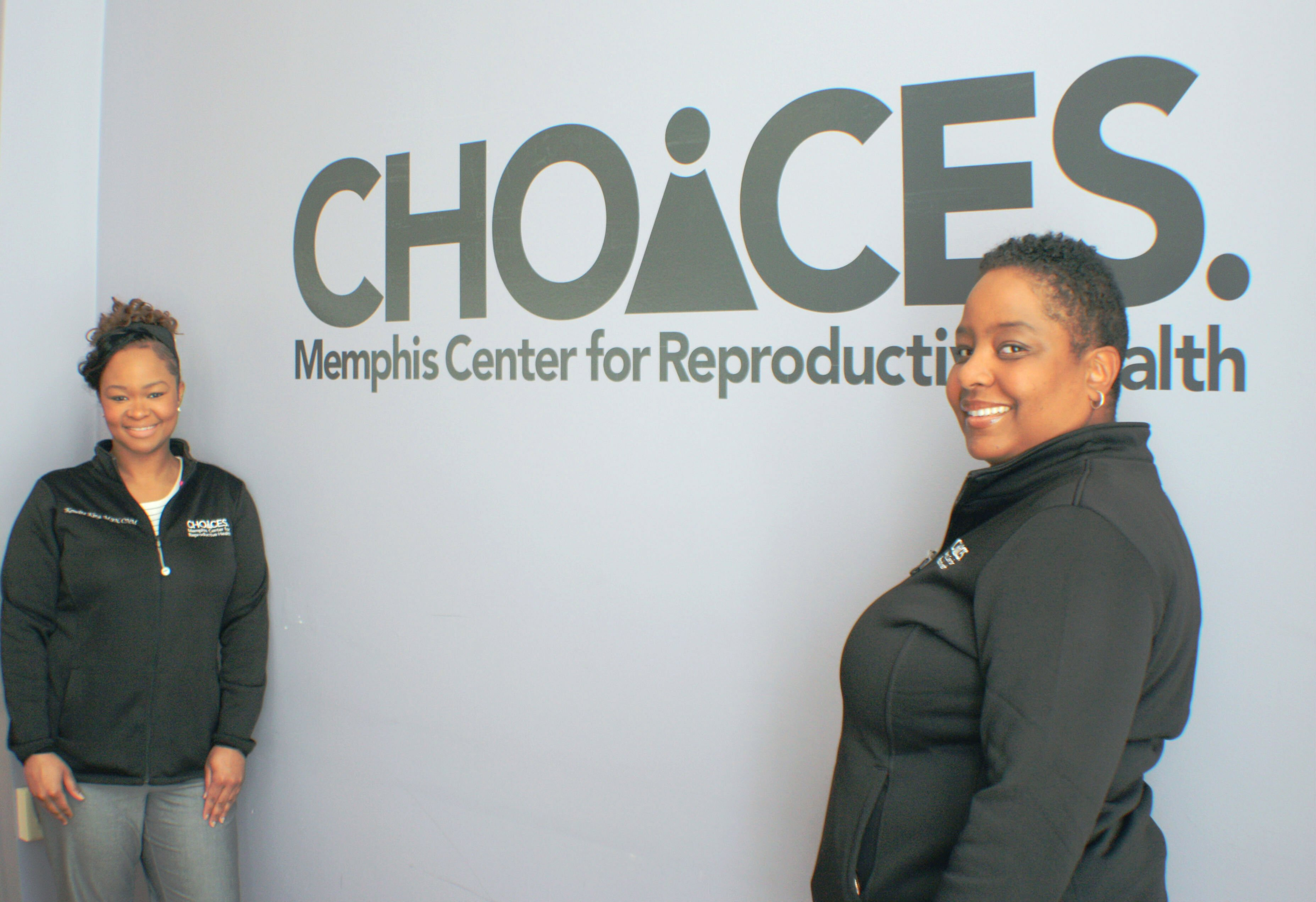 Certified nurse midwives Kemetra King (L) and Nikia Grayson are two of only three black CNMs in Memphis. They both practice at CHOICES. (Cole Bradley)