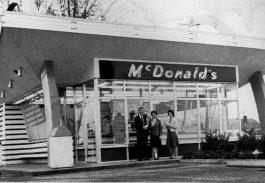 Memphis' first McDonald's, featured here circa 1963, opened in 1958 and was located at 4287 Summer Avenue. (Memphis Landmarks)