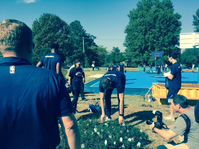 Marc Gasol chooses a plant at the Chandler Park rehab. (Rebecca Hutchinson)