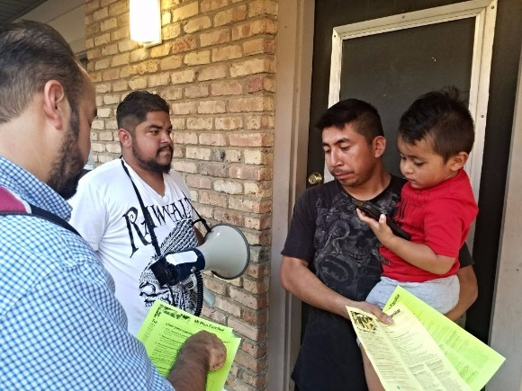 "Latino Memphis distributes ""Know Your Rights"" flyers to Latino families."