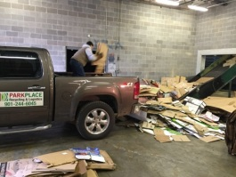 Employees unloading product at Park Place Storage & Logistics.